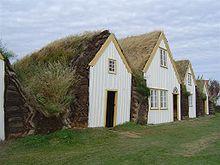 turfhouse-Iceland_Glaumbaer
