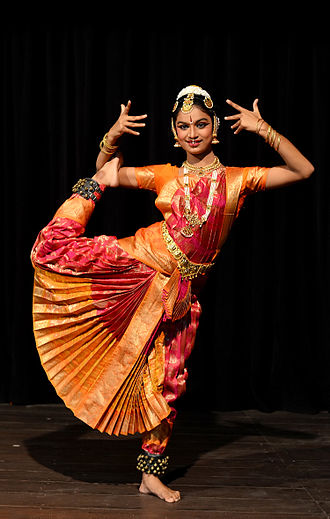 Bharata_Natyam_Performance_DS